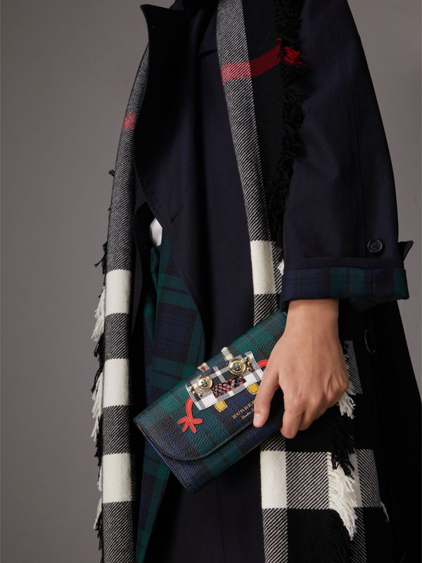 Creature Appliqué Tartan Leather Wallet with Chain in Bright Navy - Women | Burberry United Kingdom - cell image 3