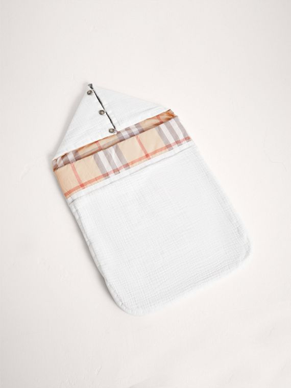 Quilted Cotton Baby Nest in White