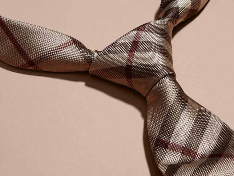 Trench fumo Cravatta dal taglio moderno in seta con motivo check - cell image 1