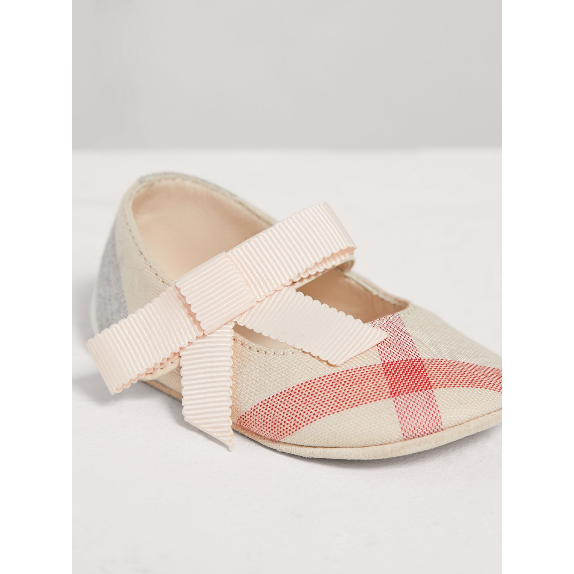 Bow Detail Check Cotton and Leather Ballerinas in Pale Classic - Children | Burberry - gallery image 3
