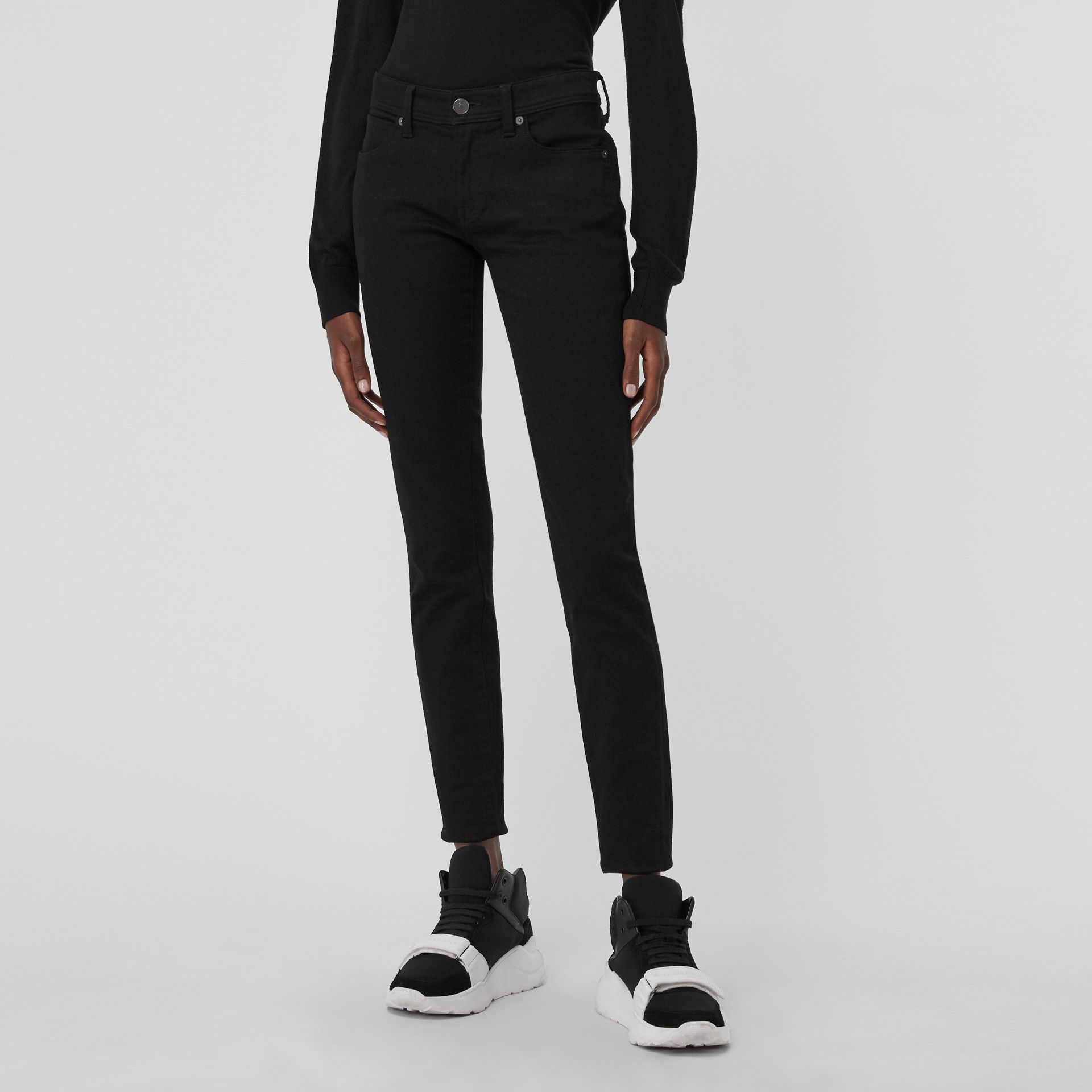 Skinny Fit Low-Rise Deep Black Jeans - Women | Burberry United States - gallery image 4