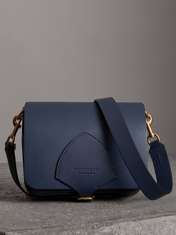 The Medium Square Satchel aus Leder (Mittelindigo)