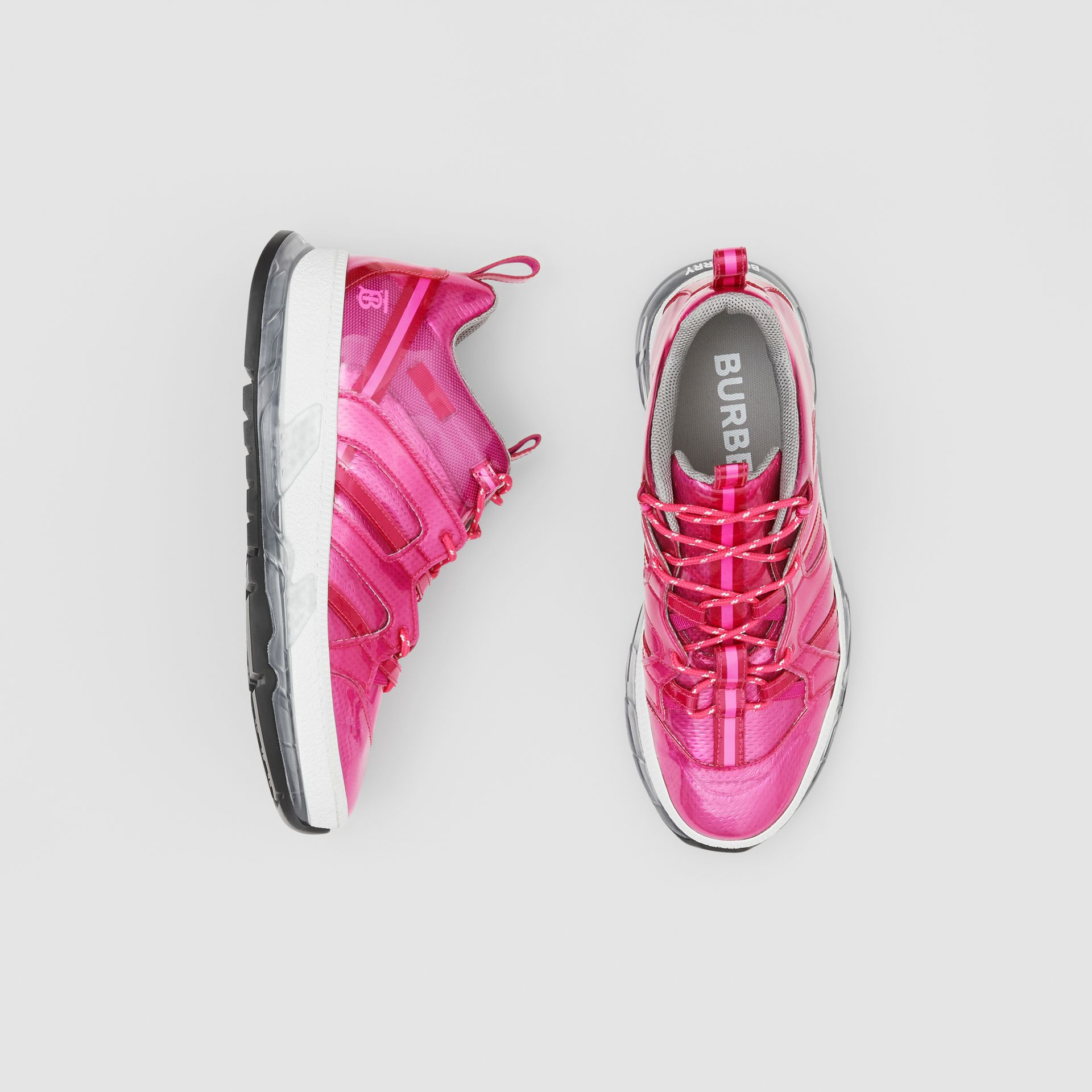 Sneakers Union en vinyle et nylon (Fuchsia) - Homme | Burberry - photo de la galerie 0