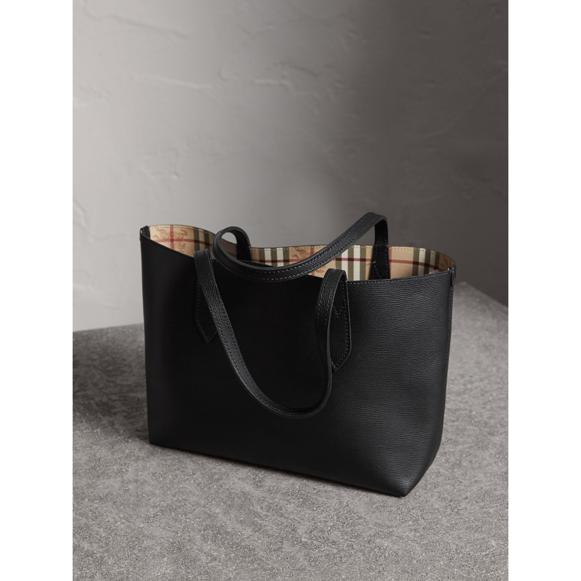 The Small Reversible Tote in Haymarket Check and Leather in Black - Women | Burberry United Kingdom - gallery image 4