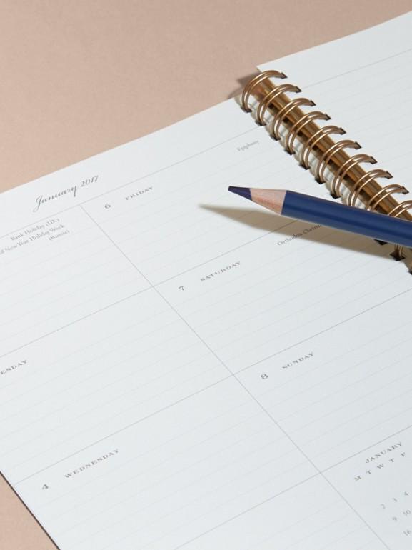 Nachfüllpapier für das Kalenderjahr 2017 für Terminplaner im A5-Format (Weiss) - Damen | Burberry - cell image 1