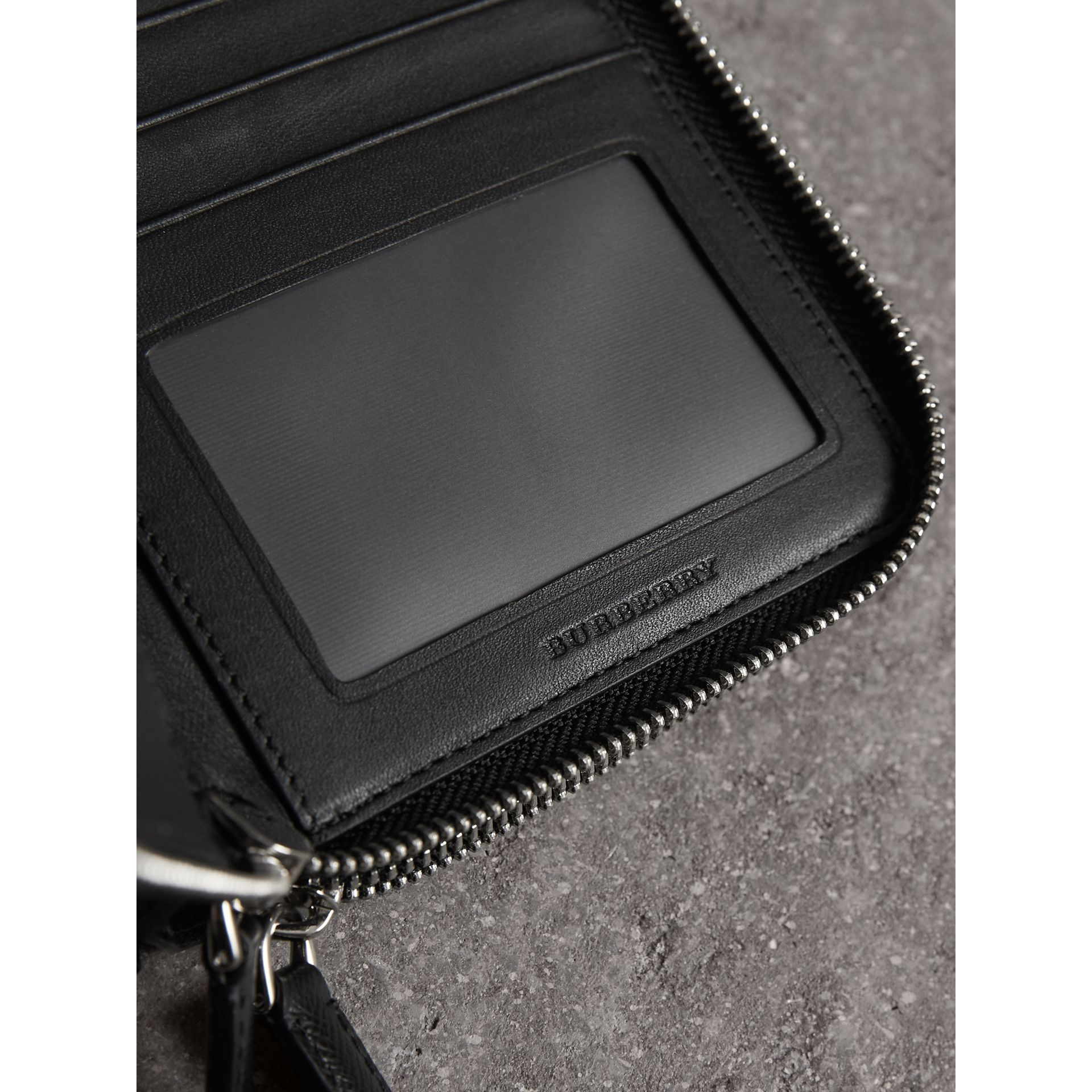 London Check Travel Wallet in Charcoal/black - Men | Burberry - gallery image 1