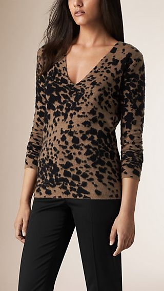 Animal Pattern Cashmere Wool and Silk Sweater