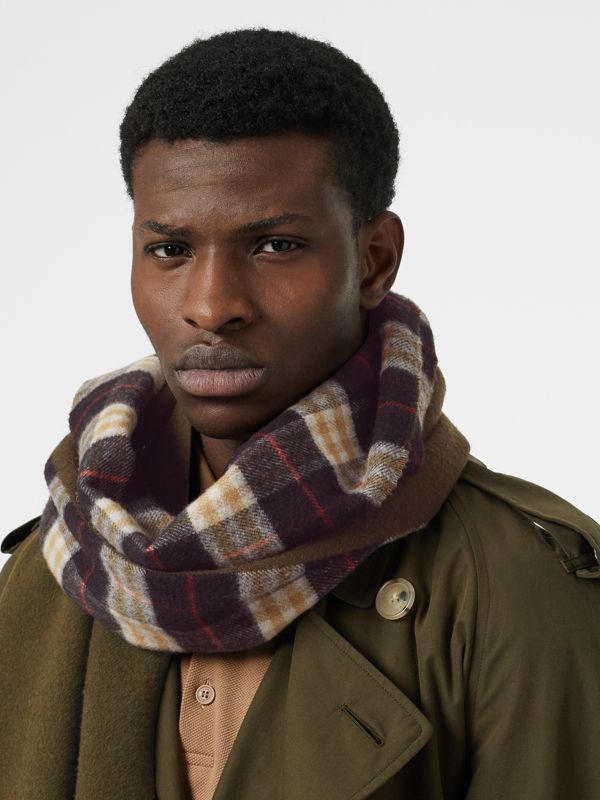 Colour Block Vintage Check Cashmere Scarf in Antique Green | Burberry Australia - cell image 3