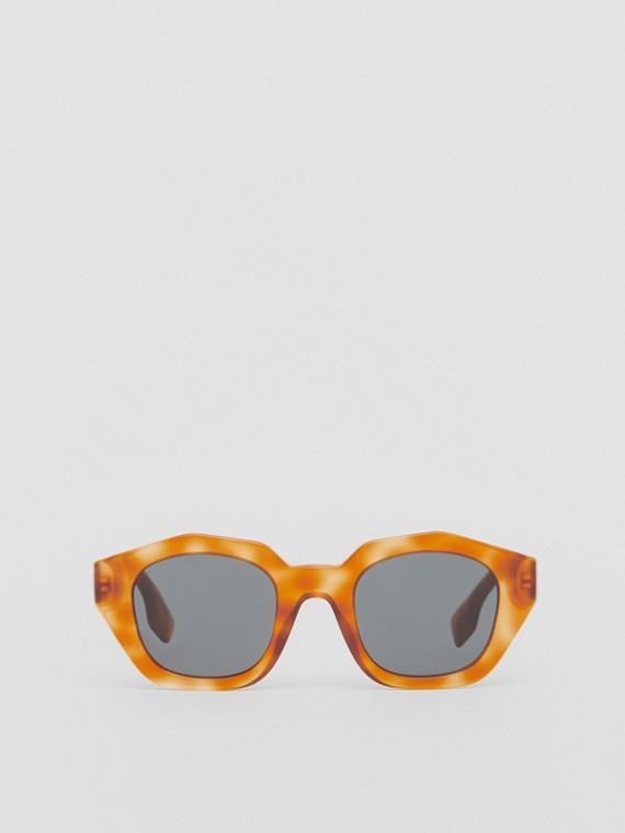 Sonnenbrille mit geometrischem Gestell (Schildpatt-bernsteinfarben)