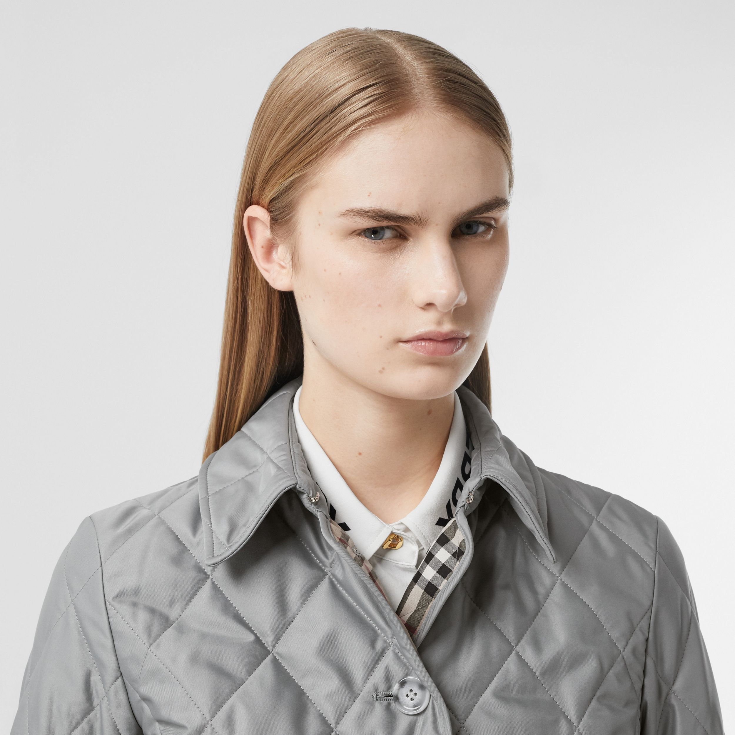 Diamond Quilted Thermoregulated Jacket in Mid Grey - Women | Burberry - 2