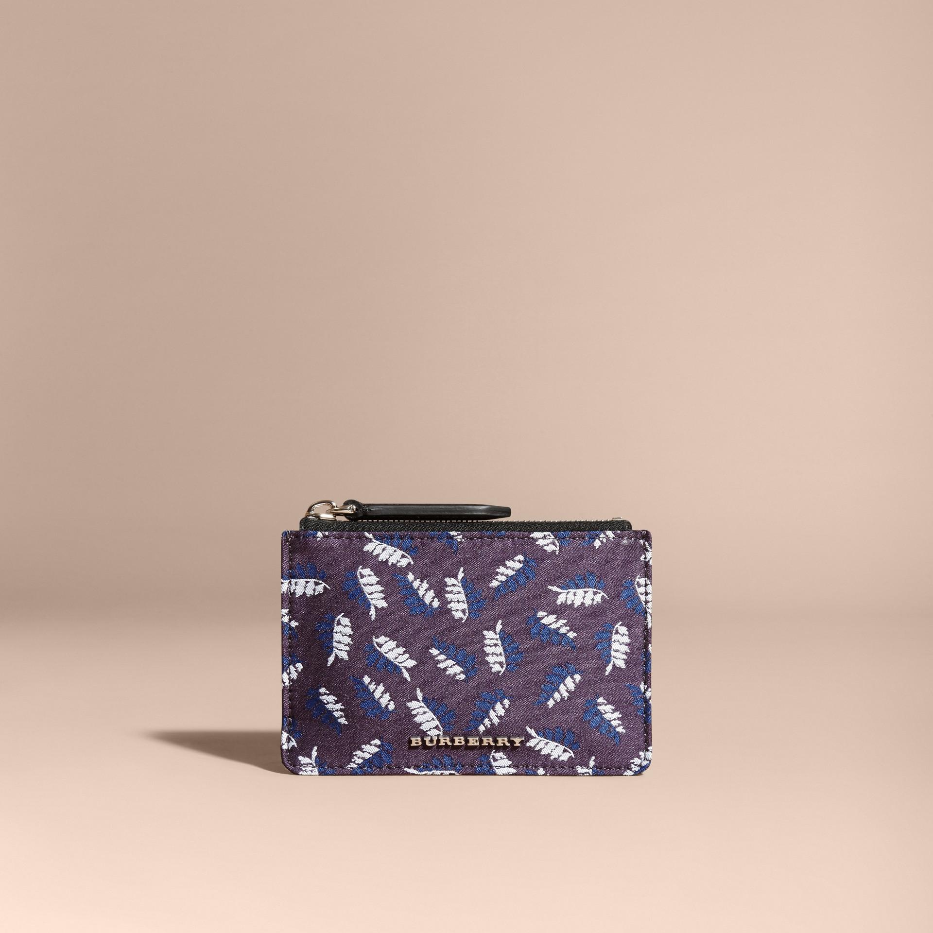 Aubergine intense Portefeuille en jacquard à motif feuillage avec zip supérieur Aubergine Intense - photo de la galerie 6