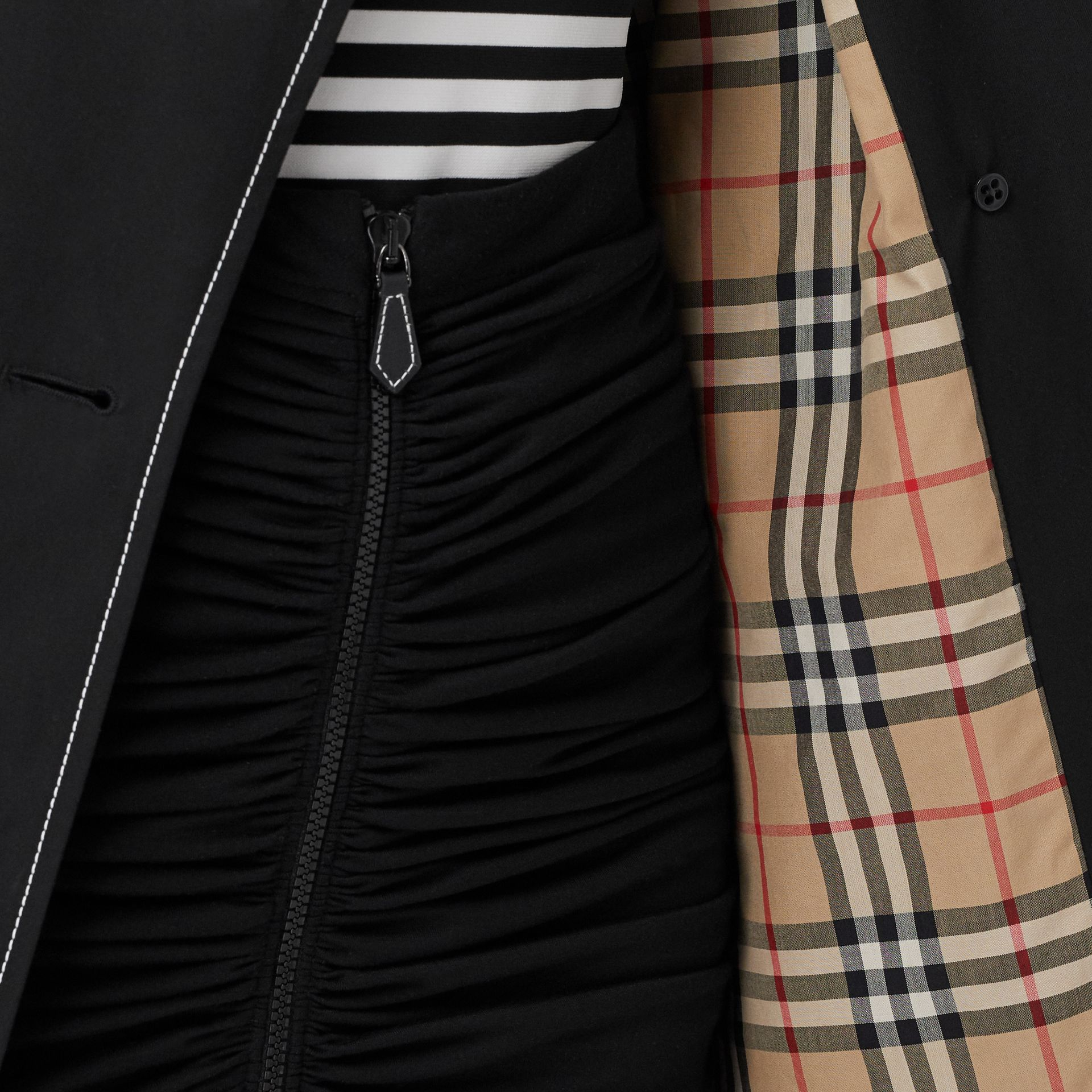 Topstitched Tropical Gabardine Trench Coat in Black - Women | Burberry - gallery image 4