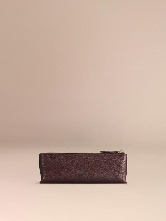 Rosso ebano Pochette piccola porta accessori digitali in pelle a grana Rosso Ebano - cell image 3