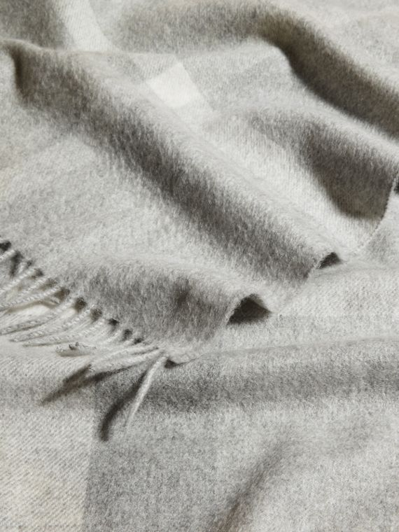 Check Cashmere Baby Blanket in Light Grey Melange | Burberry Australia - cell image 3