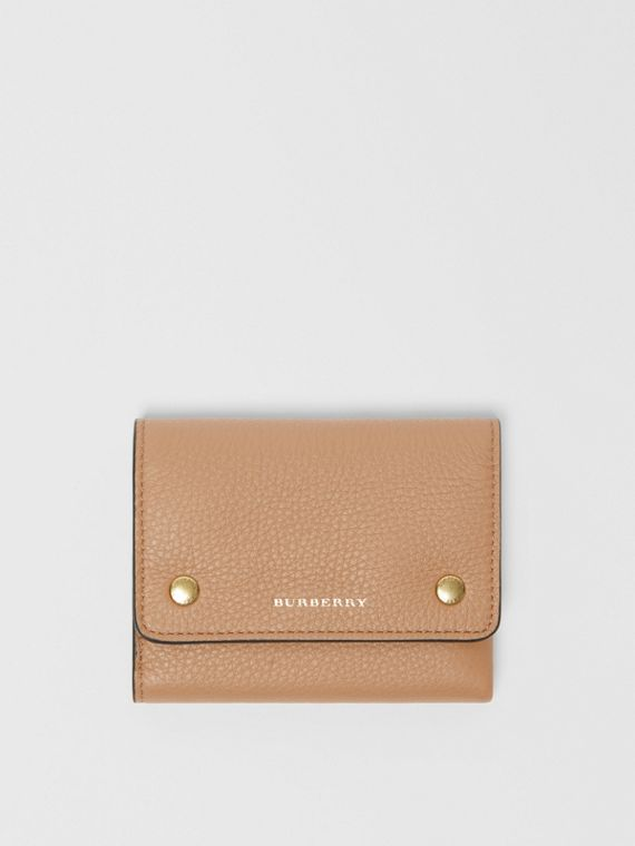 Small Leather Folding Wallet in Light Camel