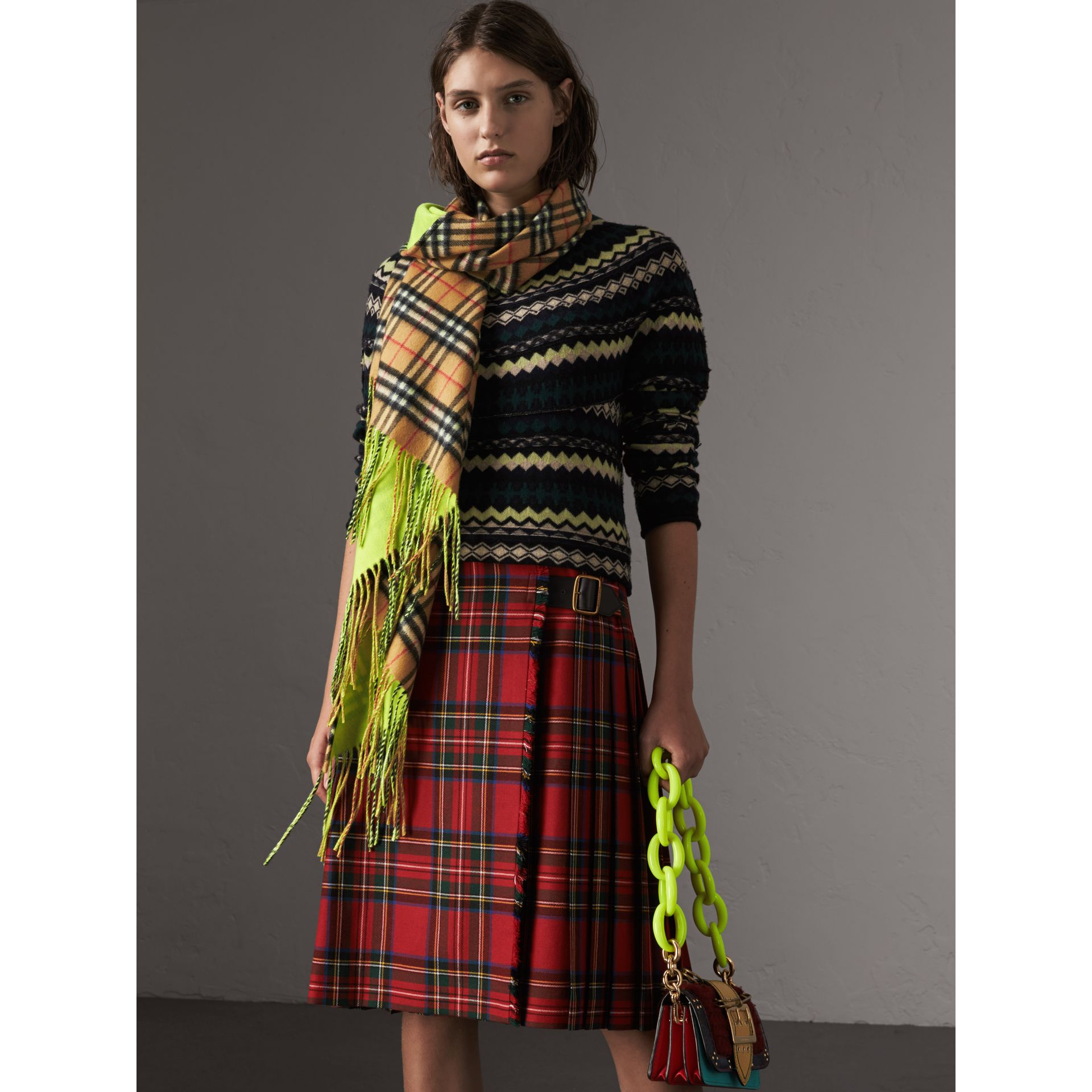 The Burberry Bandana in Vintage Check and Neon Cashmere in Bright Lemon | Burberry United Kingdom - gallery image 4