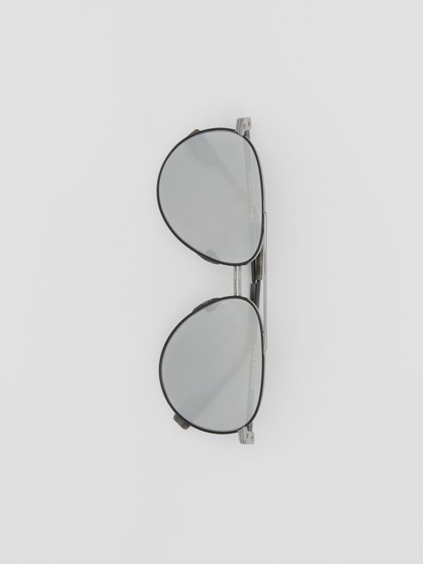 Top Bar Detail Pilot Sunglasses in Gunmetal/black - Men | Burberry United Kingdom - cell image 3