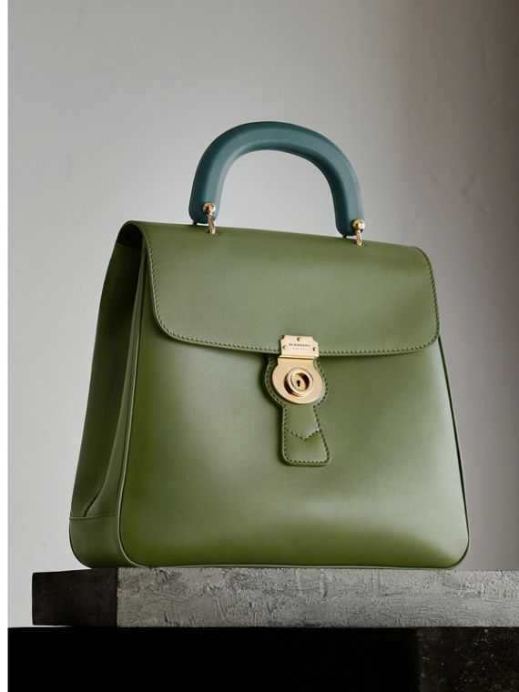 Le sac vertical en cuir trench