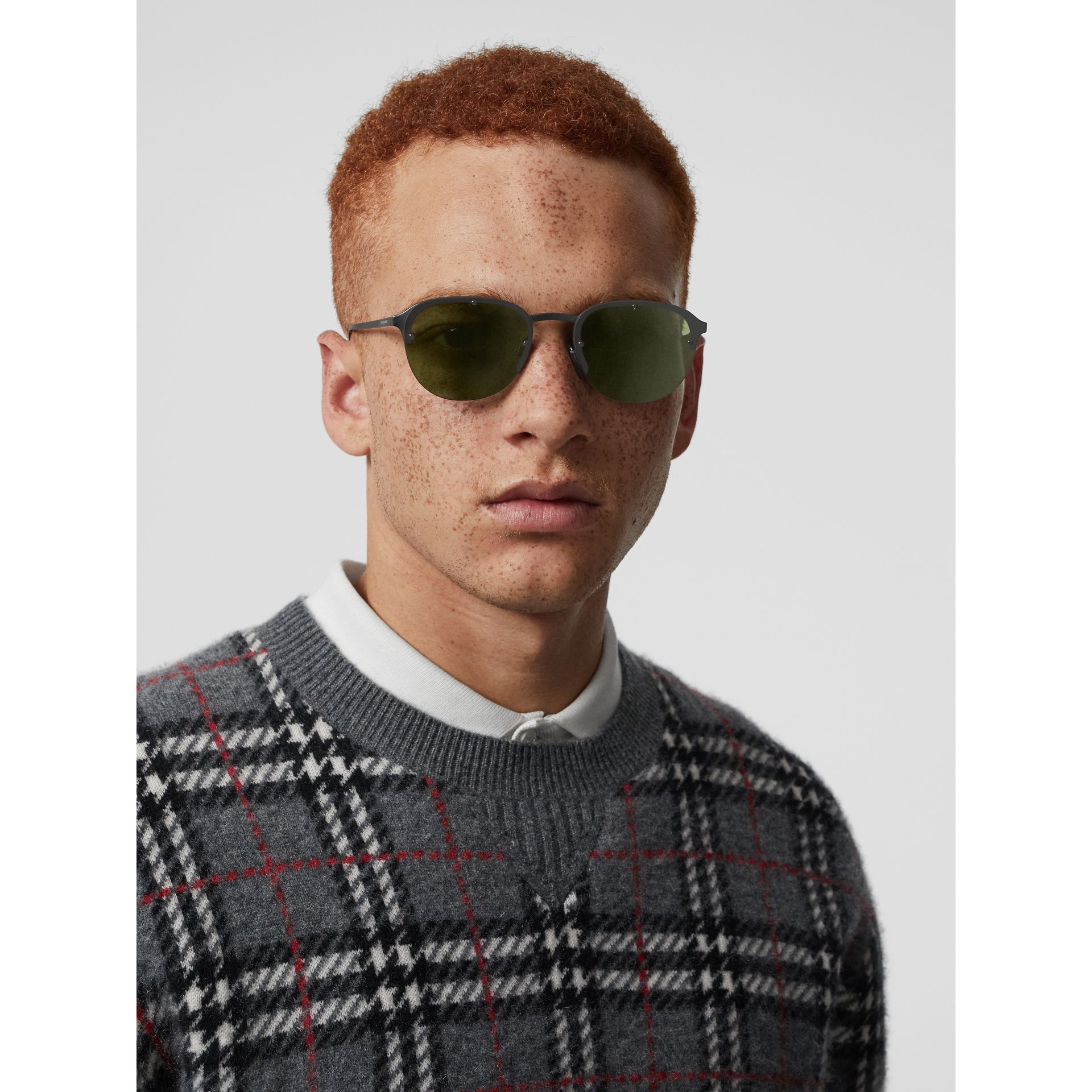 Round Frame Sunglasses in Green - Men | Burberry - gallery image 2
