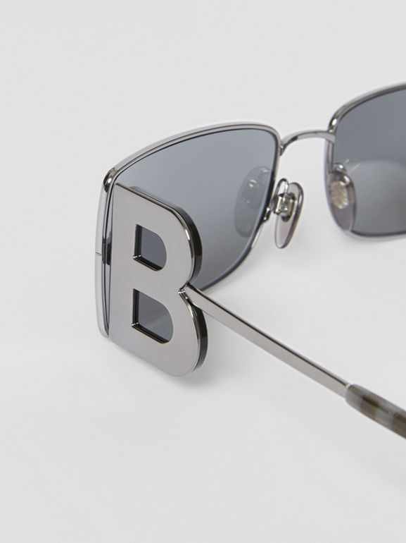 'B' Lens Detail Rectangular Frame Sunglasses in Gunmetal Grey | Burberry - cell image 1