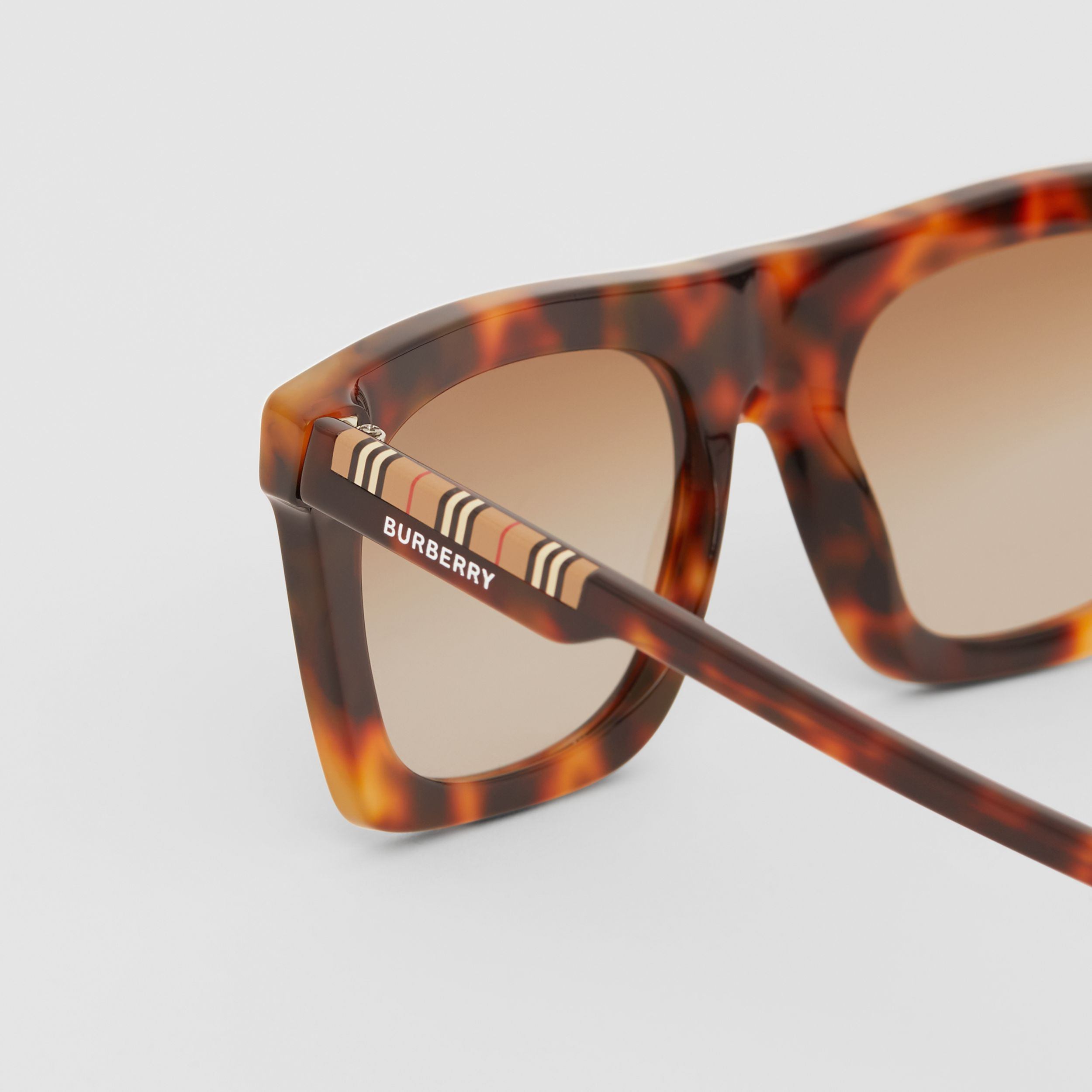 Icon Stripe Detail Rectangular Frame Sunglasses in Dark Tortoise Amber - Men | Burberry - 2