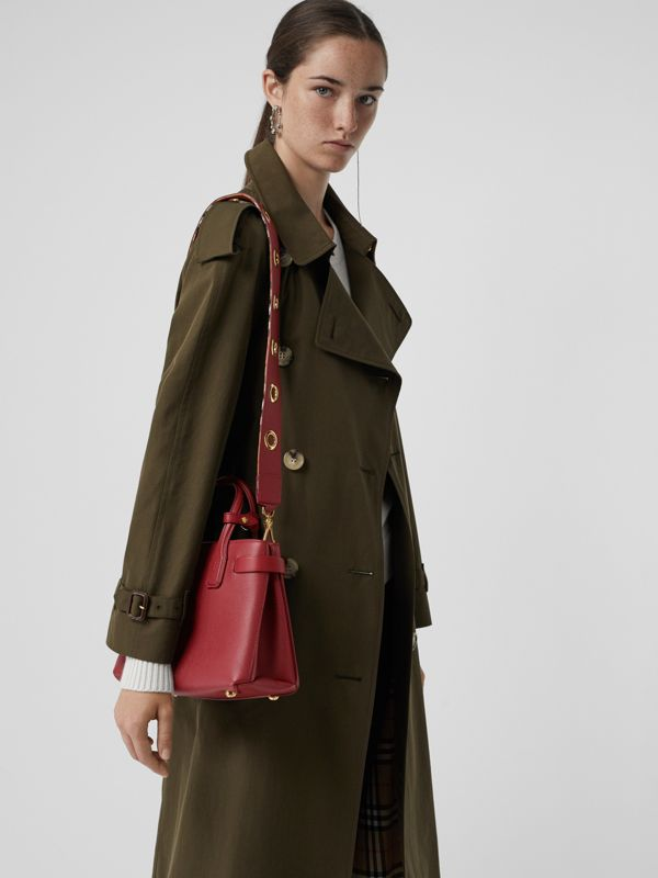 The Small Banner in Grainy Leather in Crimson - Women | Burberry - cell image 3