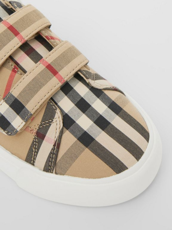 Vintage Check Cotton Sneakers in Archive Beige - Children | Burberry Singapore - cell image 1