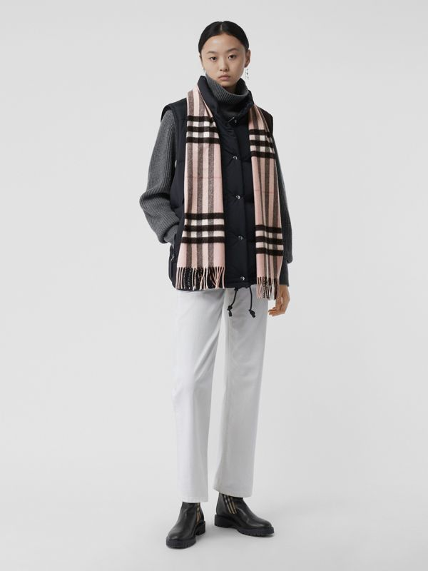 The Classic Check Cashmere Scarf in Ash Rose | Burberry United Kingdom - cell image 2