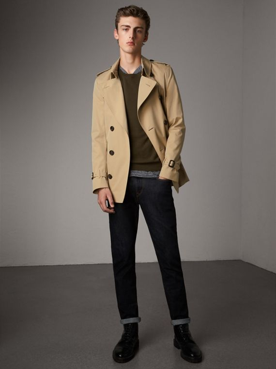 The Sandringham – Short Heritage Trench Coat in Honey - Men | Burberry