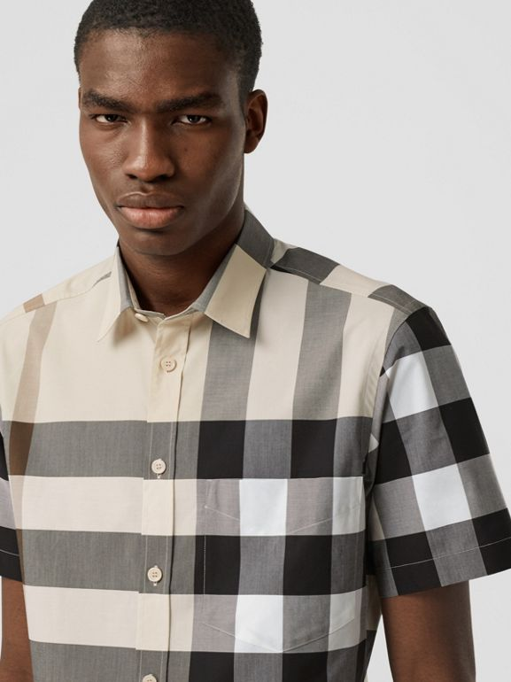 Short-sleeve Check Stretch Cotton Poplin Shirt in Modern Beige - Men | Burberry United Kingdom - cell image 1