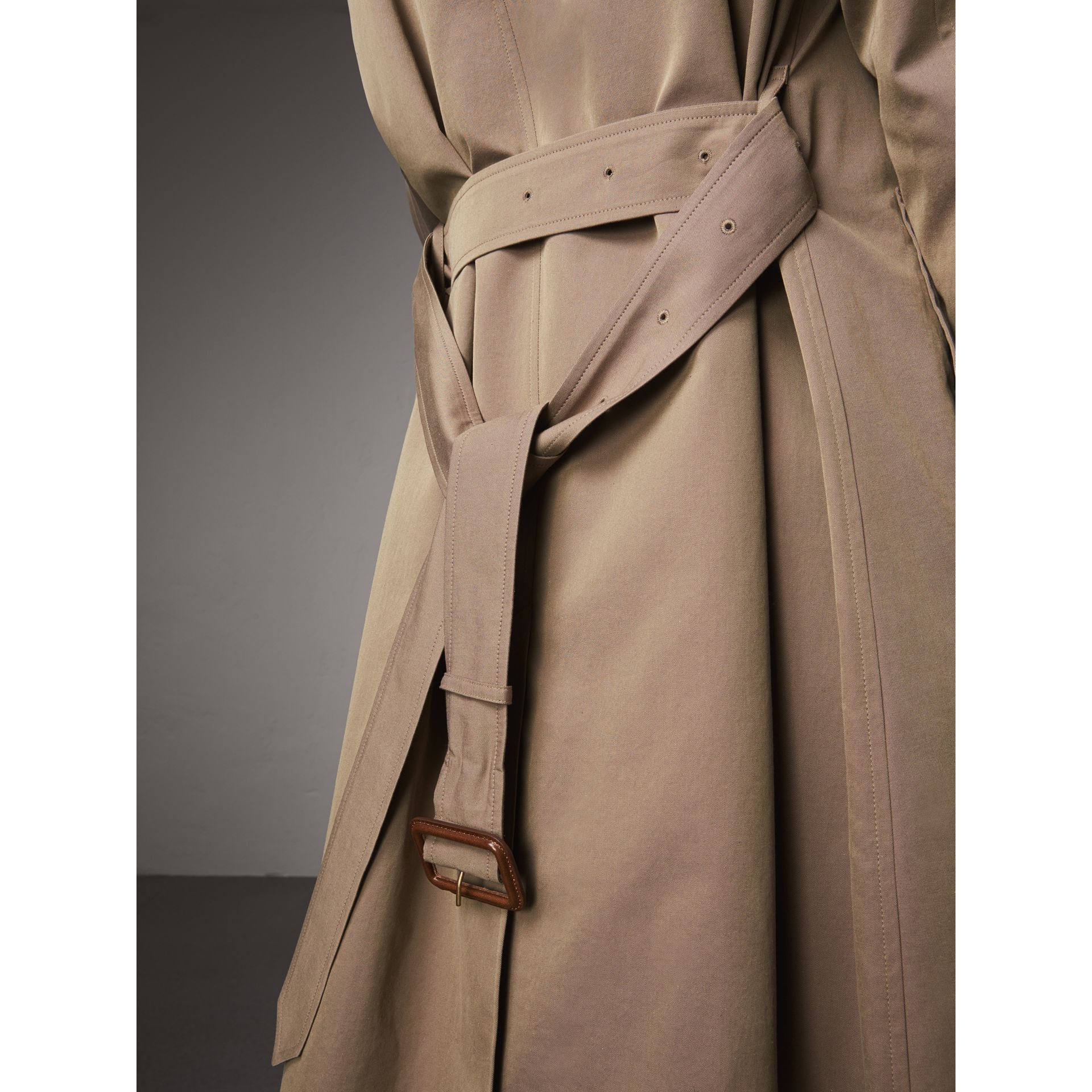 The Brighton – Extra-long Car Coat in Taupe Brown - Women | Burberry Australia - gallery image 5