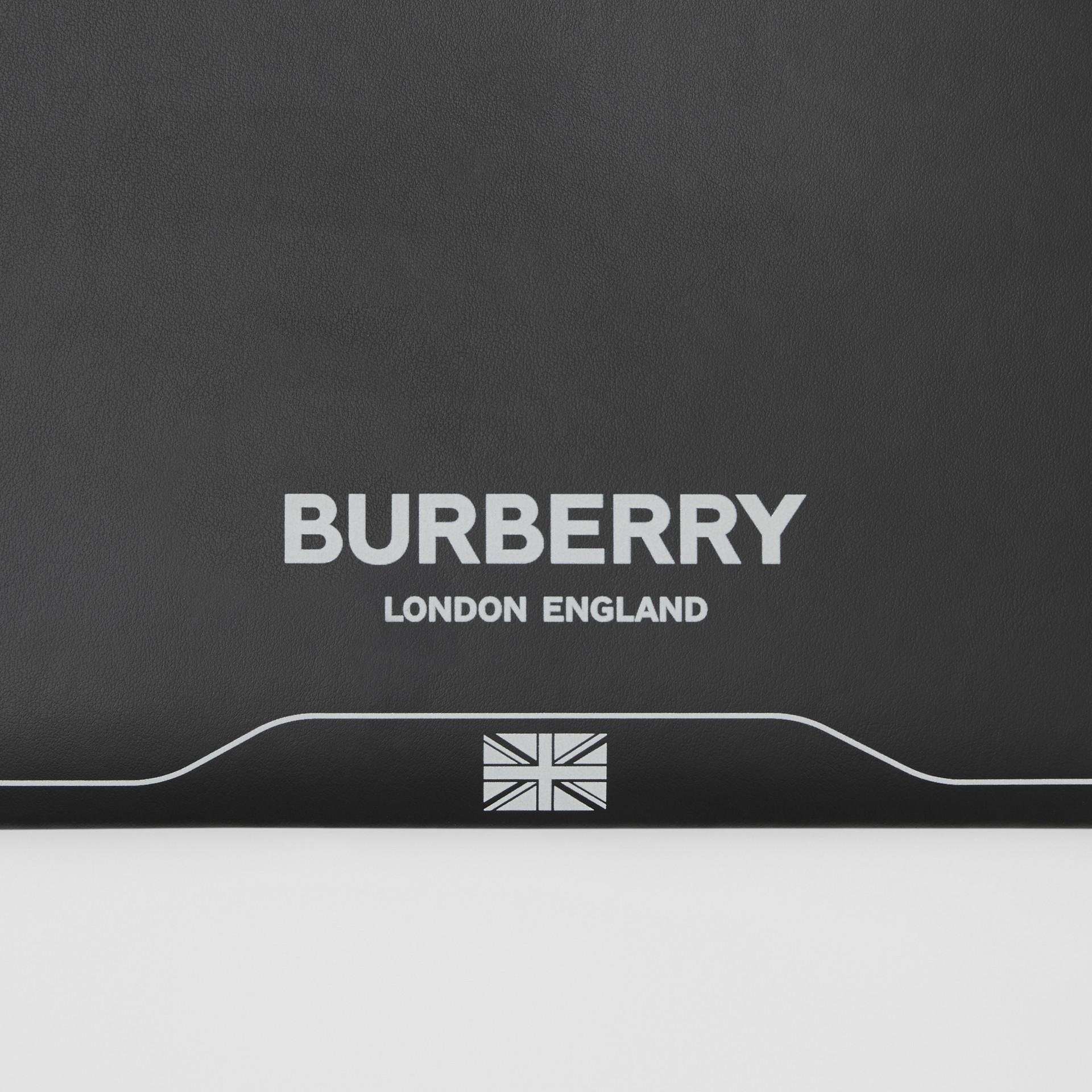 シンボルプリント レザー ジップポーチ (ブラック) | バーバリー - ギャラリーイメージ 1