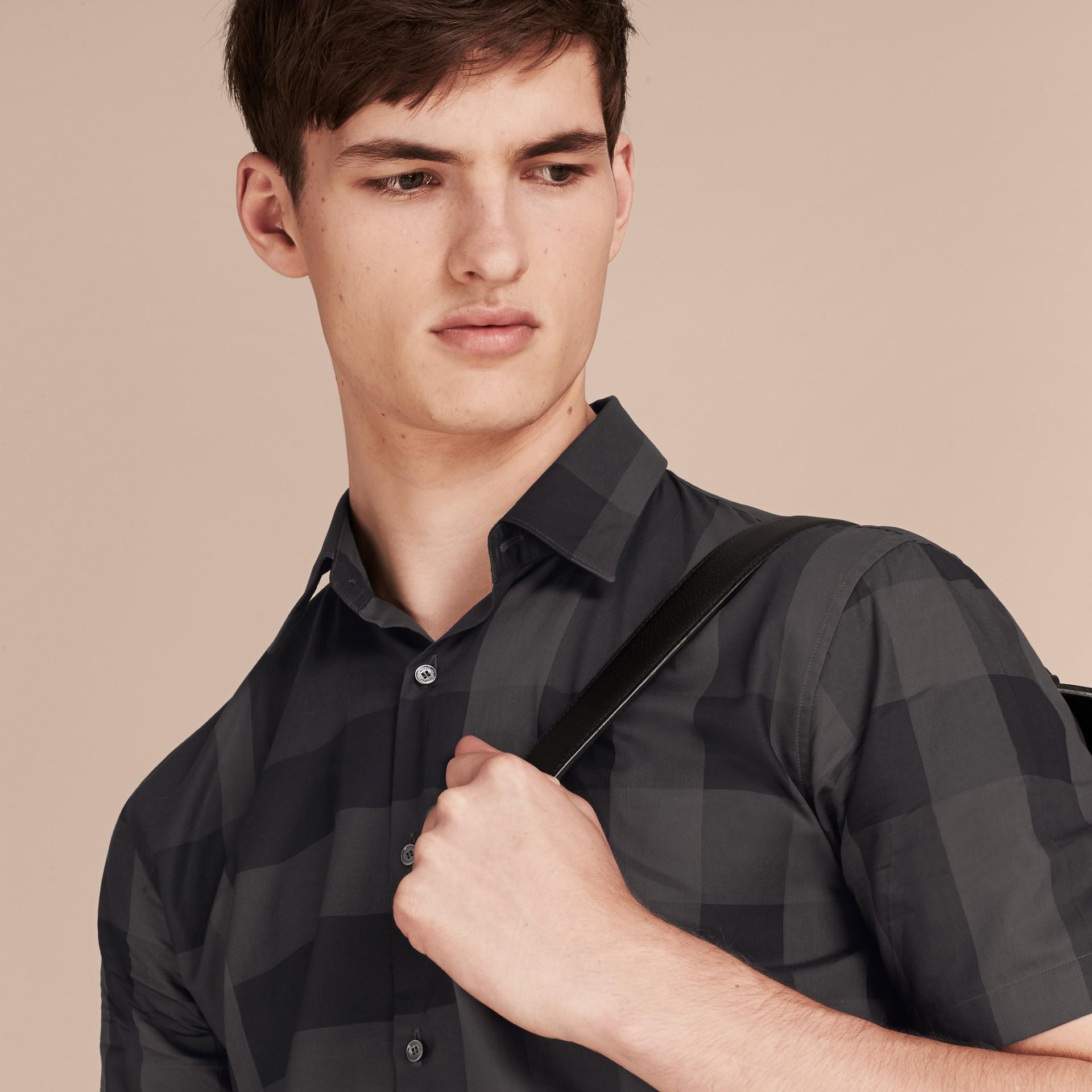 Gris marengo Camisa de manga corta en algodón con estampado de checks Gris Marengo - imagen de la galería 5