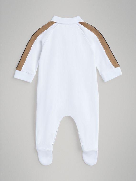 Heritage Stripe Two-piece Baby Gift Set in White | Burberry - cell image 3