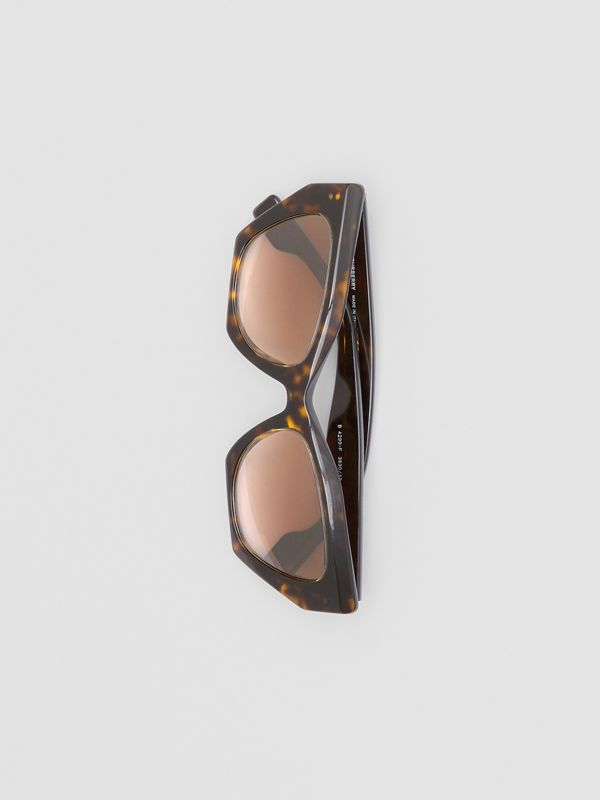 Butterfly Frame Sunglasses in Tortoiseshell - Women | Burberry Canada - cell image 2