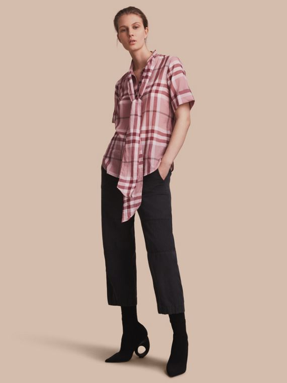 Short-sleeve Check Cotton Tie Neck Shirt Antique Pink