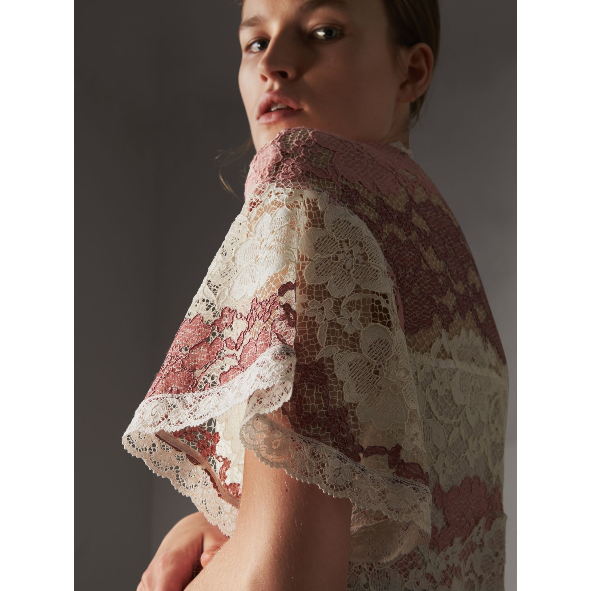 Floral Lace Dress with Flutter Sleeves in Dusty Pink - Women | Burberry - gallery image 2