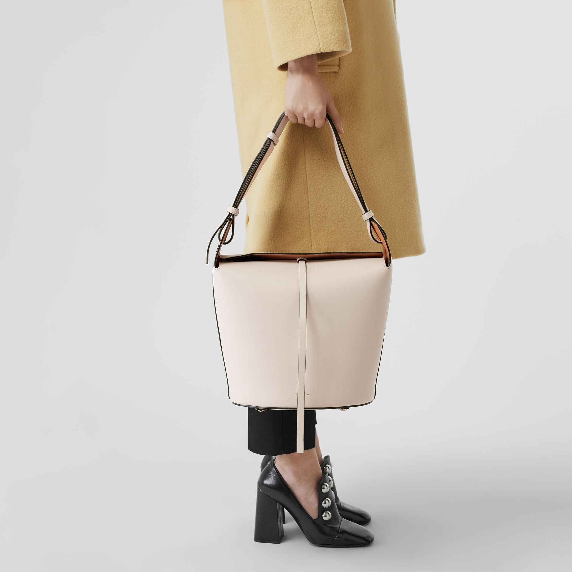 The Medium Leather Bucket Bag in Limestone - Women | Burberry - gallery image 2