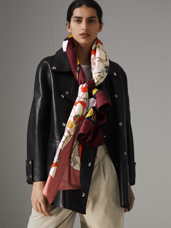 Archive Scarf Print Silk Oversized Scarf in Bright Ultramarine | Burberry United Kingdom - cell image 3
