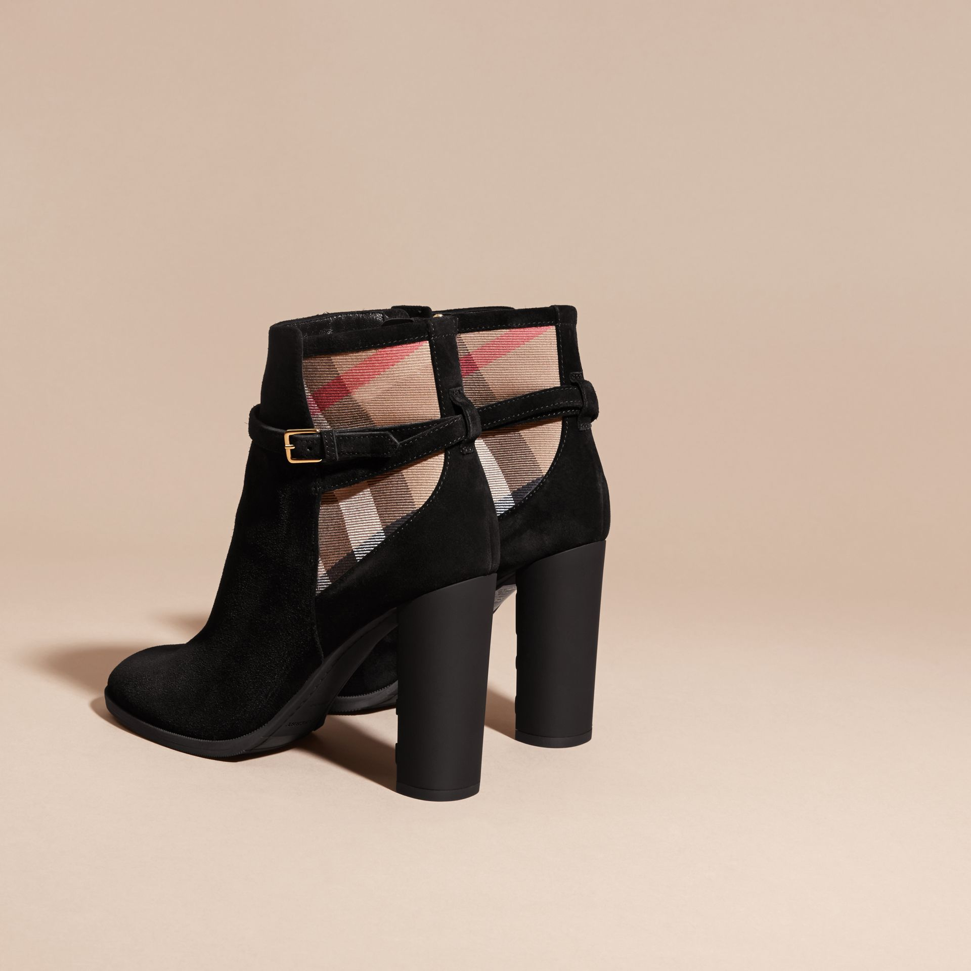 Noir Bottines en cuir velours avec motif House check - photo de la galerie 4