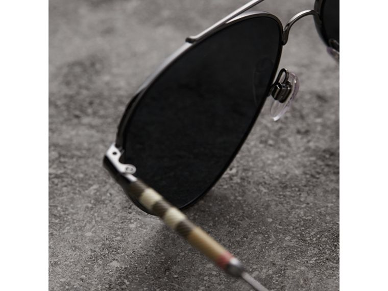 Check Detail Pilot Sunglasses in Black - Women | Burberry Hong Kong - cell image 1