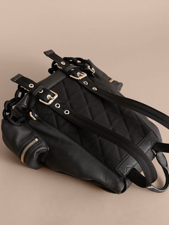 The Medium Rucksack in Deerskin with Resin Chain in Black - cell image 3