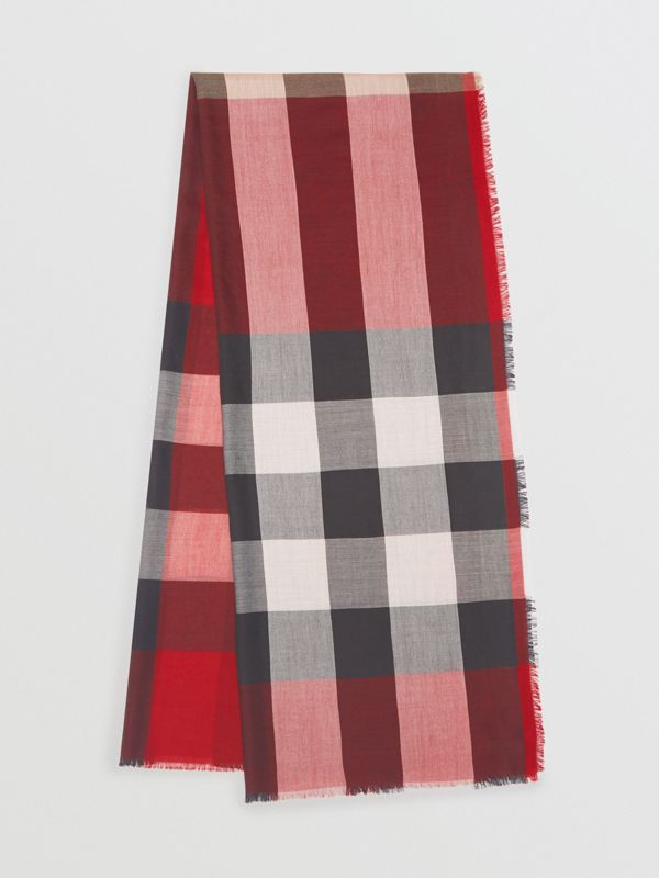 Lightweight Check Cashmere Scarf in Parade Red - Women | Burberry - cell image 2