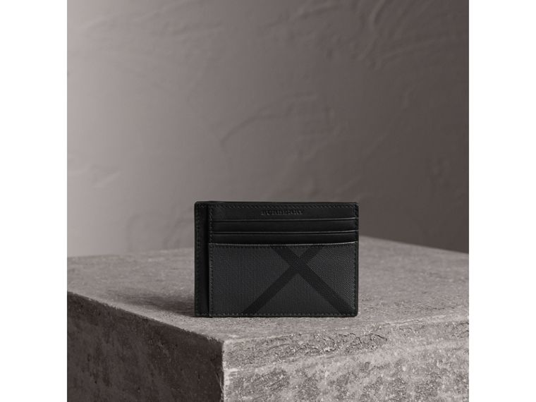 London Check Money Clip Card Case in Charcoal/black - Men | Burberry - cell image 4