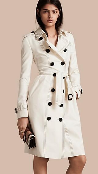 Trench-coat en soie avec surpiqûres