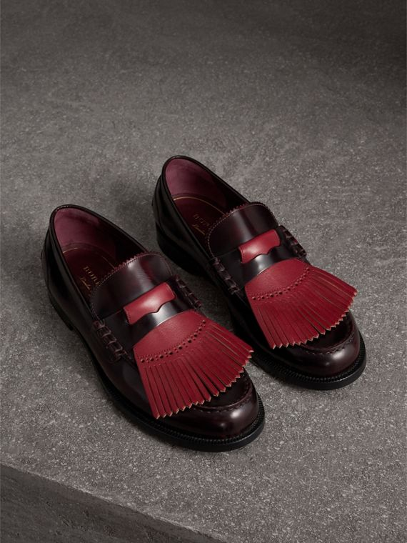 Contrast Kiltie Fringe Leather Loafers in Rust Red/red Claret