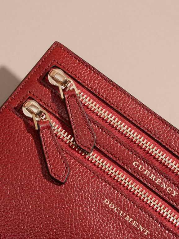 Grainy Leather Currency Wallet in Parade Red | Burberry United Kingdom - cell image 1