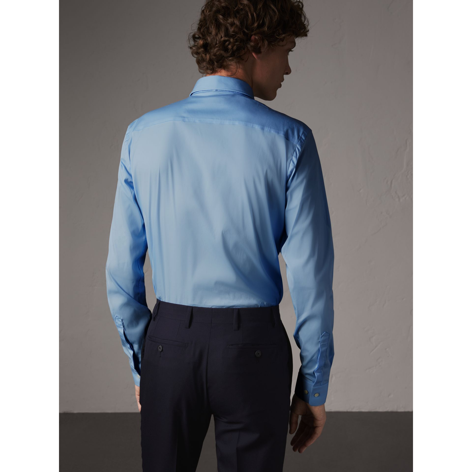 Slim Fit Stretch Cotton Poplin Shirt in City Blue - Men | Burberry - gallery image 2