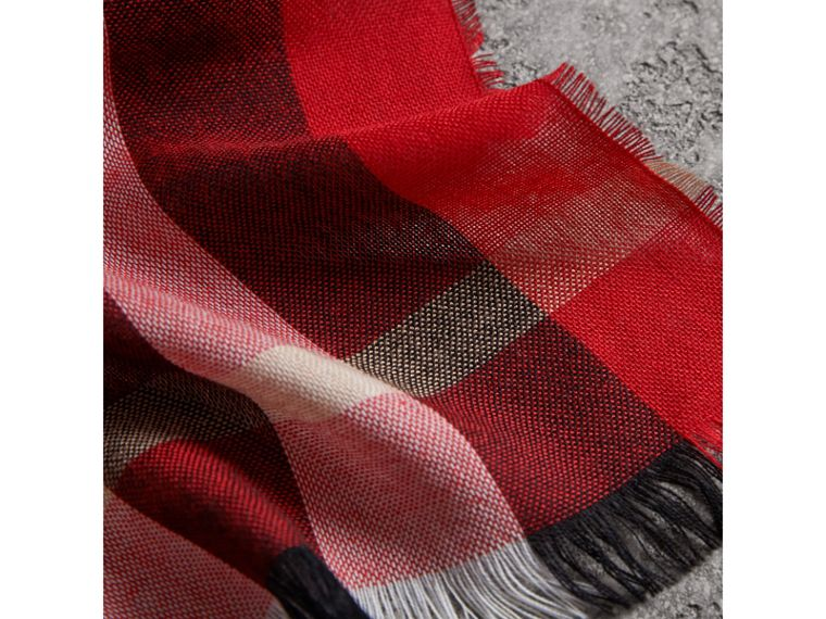 Lightweight Check Wool Cashmere Scarf in Parade Red | Burberry Singapore - cell image 1