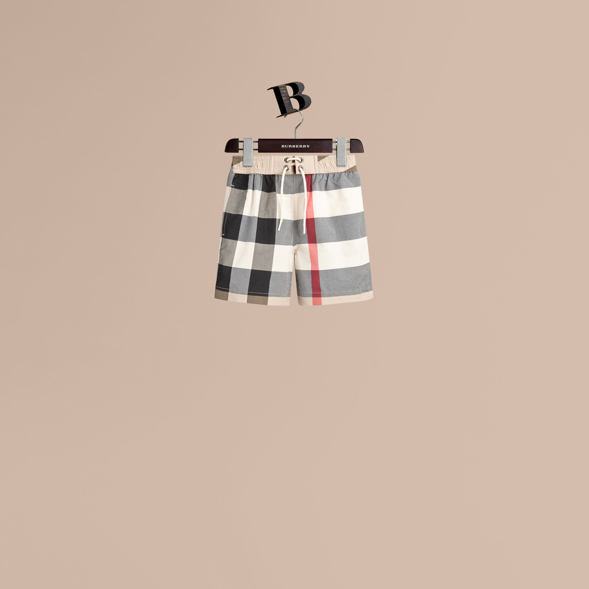 Nouveau check classique Short de bain à motif check - photo de la galerie 1